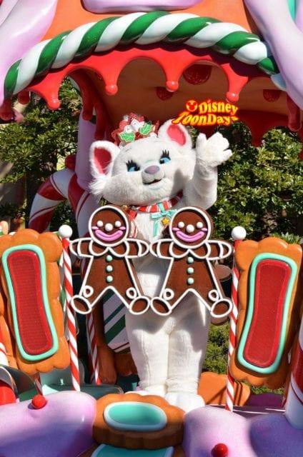 2012年クリスマスサンタヴィレッジパレードのマリー