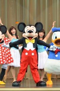 TDL『ショーべース』パークファンパーティーで会えるミッキーマウス