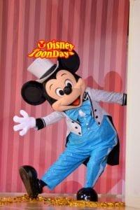 ディズニーアンバサダーホテル ホテルミラコスタ ドナルドのファンタスティックレビュー ミッキーマウス