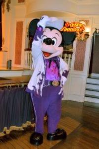 TDL『ダイヤモンドホースシュー』パークファンパーティーで会えるミッキーマウス