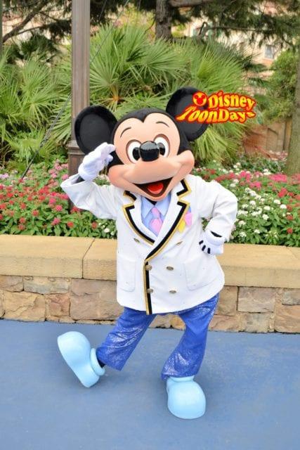 ディズニーシ―プラザのミッキーマウス