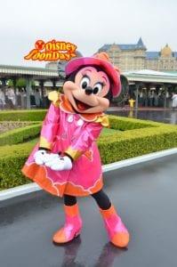 TDL 雨の日エントランスグリーティング ミニーマウス