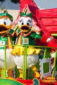 TDL クリスマス・ファンタジー 2014 ディズニー・サンタヴィレッジ・パレード デイジーダック