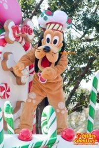 TDL クリスマス・ファンタジー 2014 ディズニー・サンタヴィレッジ・パレード プルート