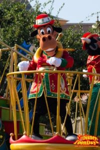 ディズニー・サンタヴィレッジ・パレードのホーレス・ホースカラー