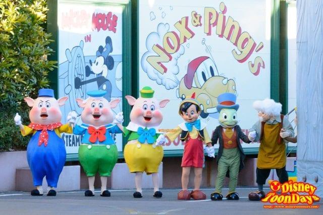 ニューイヤーズ・グリーティングに登場したピノキオ
