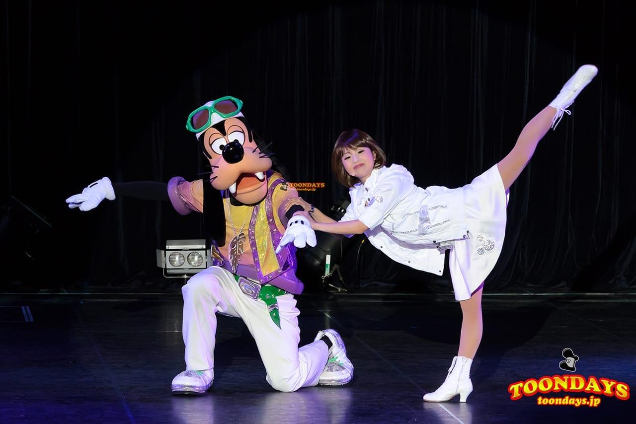 TDL トゥモローランド ショーベース グーフィーのダンスアカデミー グーフィー (4)