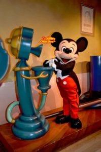 『ミッキーの家とミートミッキー』のミッキーの夢物語のコスチューム