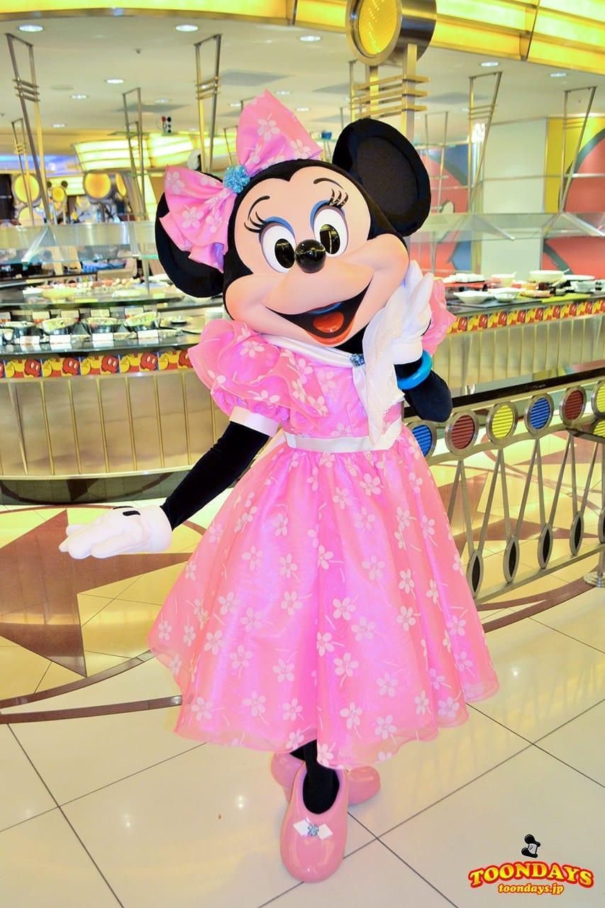 TDR ディズニーアンバサダーホテル シェフ・ミッキー グリーティング 旧衣装 ミニーマウス