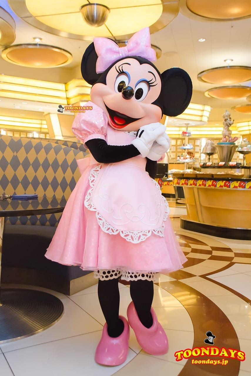 TDR ディズニーアンバサダーホテル シェフ・ミッキー グリーティング ミニーマウス