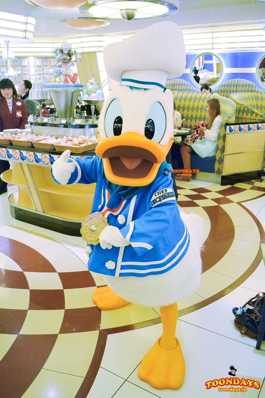 TDR ディズニーアンバサダーホテル シェフ・ミッキー グリーティング  シェフ・ドナルド ドナルドダック
