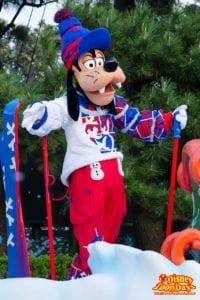 TDL クリスマス・ファンタジー 2013 ディズニー・サンタヴィレッジ・パレード グーフィー
