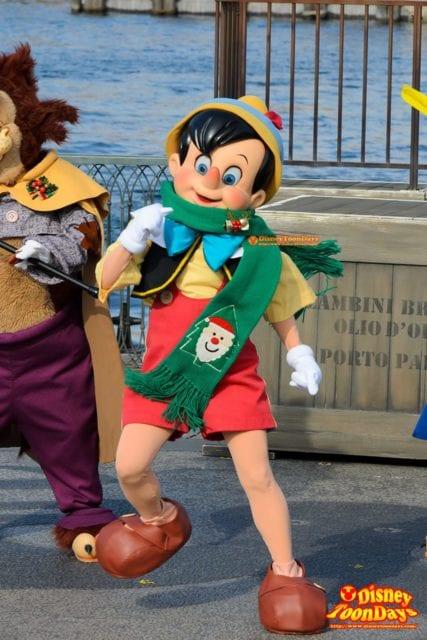 ホリデーグリーティング・フロム・セブンポートのピノキオ