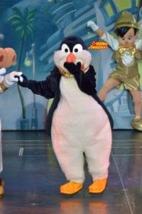 ワンマンズドリームⅡ-ザ・マジック・リブズ・オンのウェイター・ペンギン