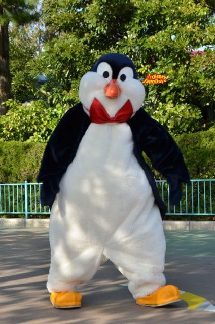 ウェイター・ペンギンの誕生日