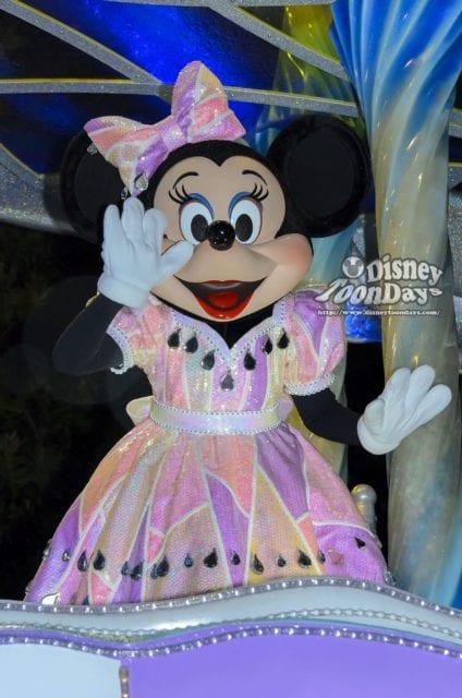 ナイトフォールグロウのミニーマウス