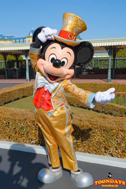 TDL エントランス 整列グリーティング 30周年限定 ミッキーマウス
