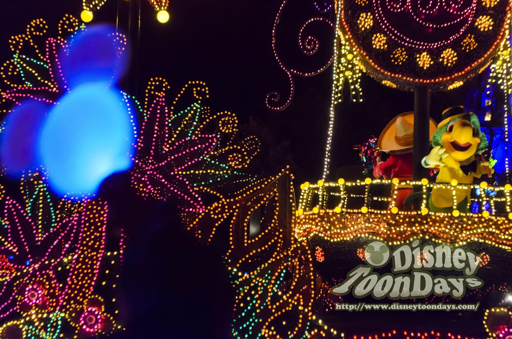 TDL ディズニーJCBカード5周年記念スペシャルナイトat東京ディズニーランド プライベートイブニングパーティー 東京ディズニーランド・エレクトリカルパレード・ドリームライツ ホセキャリオカ パンチート