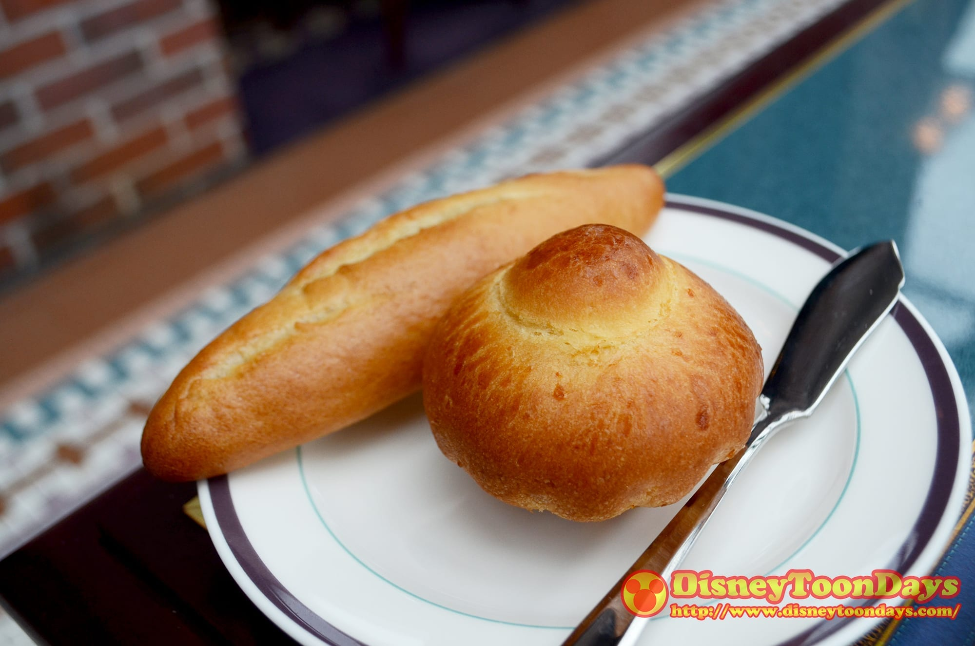 USJ サンジの海賊レストラン パン