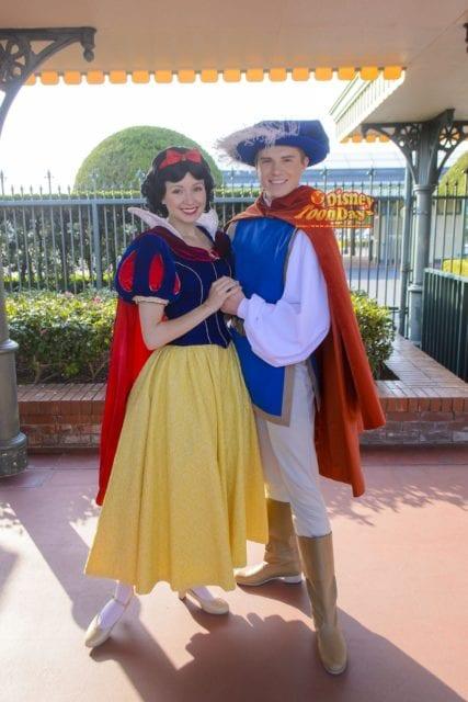 エントランス『フリーグリーティング』の白雪姫とザ・プリンス