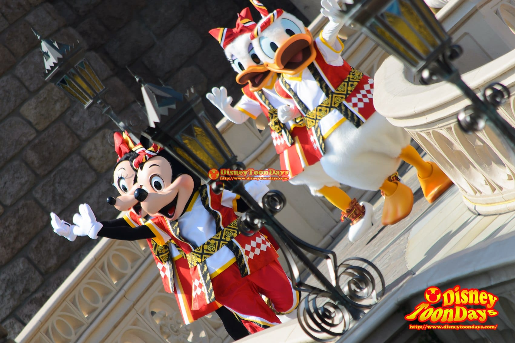 TDL ディズニー夏祭り 2014 おんどこどん ドナルドダック デイジーダック ミッキーマウス ミニーマウス