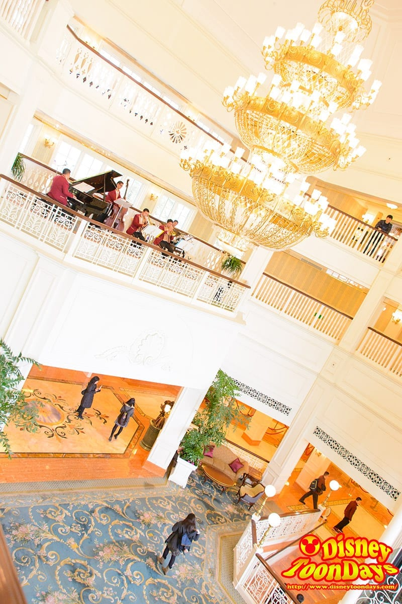 HKDL 香港ディズニーランドホテル ロビー
