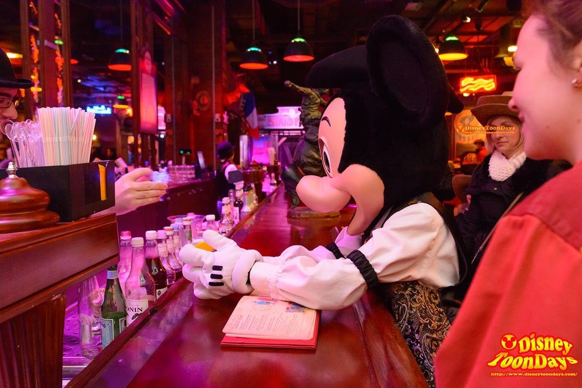 DLP ディズニーヴィレッジ バッファロービルワイルドウェストショー グリーティング ミッキーマウス