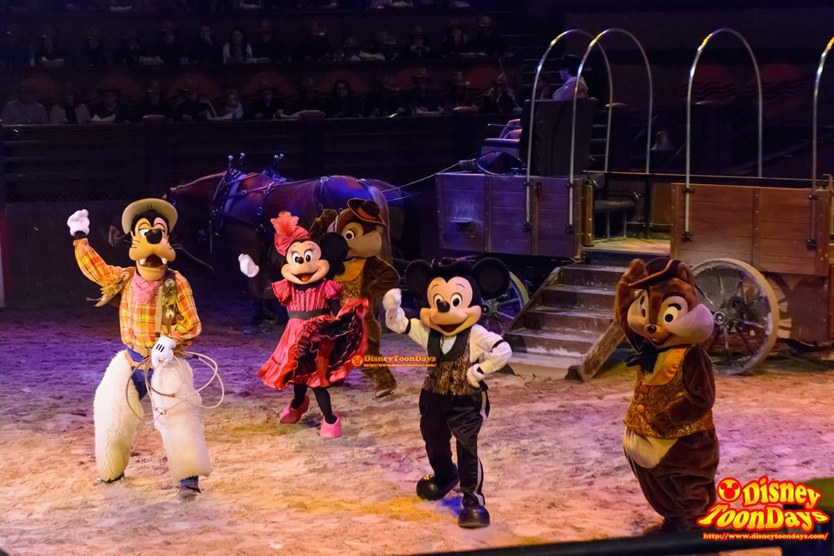 DLP ディズニーヴィレッジ バッファロービルワイルドウェストショー ミッキーマウス ミニーマウス チップ デール グーフィー