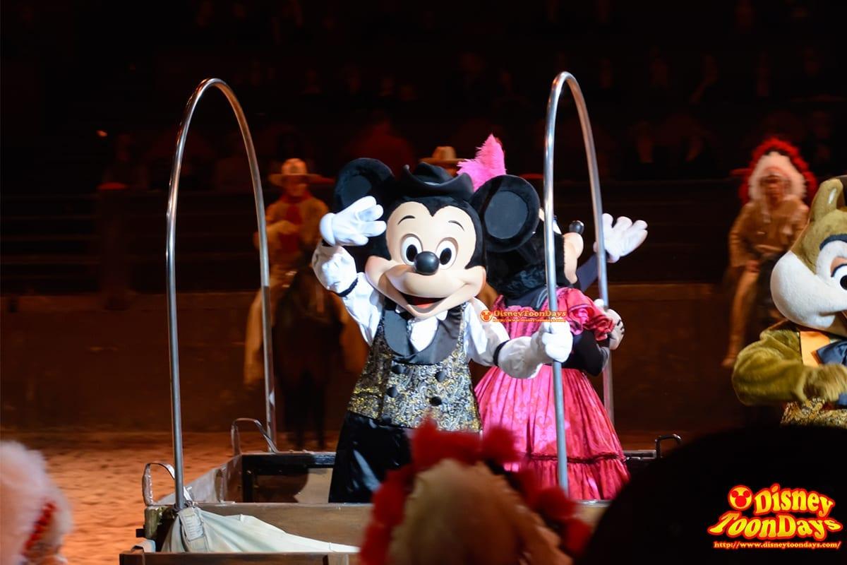 DLP ディズニーヴィレッジ バッファロービルワイルドウェストショー ミッキーマウス