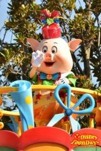 TDL クリスマスファンタジー 2012 ディズニーサンタヴィレッジパレード ファイファーピッグ