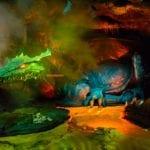 ディズニーランドパリで巨大なドラゴンに遭遇<動画付き>/世界一周レポート52