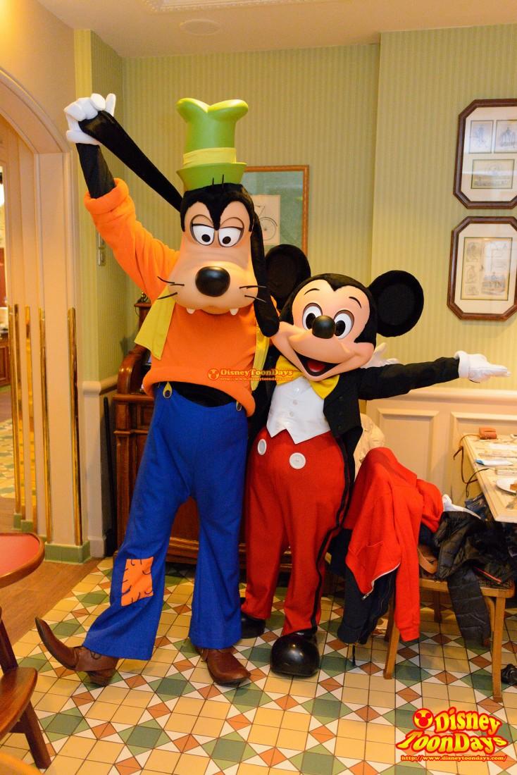 DLP ディズニーランドホテル インベンションズ グリーティング ミッキーマウス グーフィー