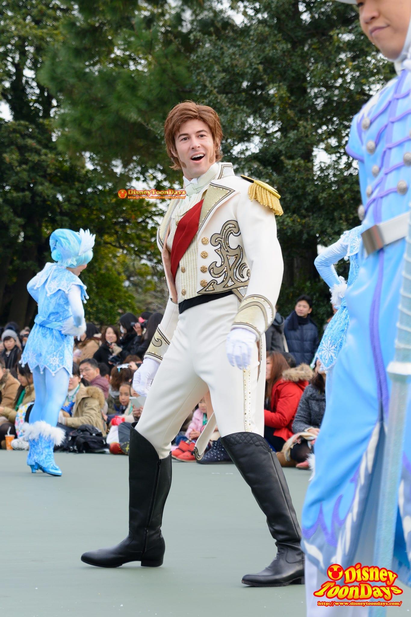 ノリノリで踊るハンス王子