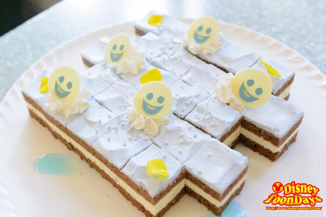 ホワイトチョコレートのムースケーキ