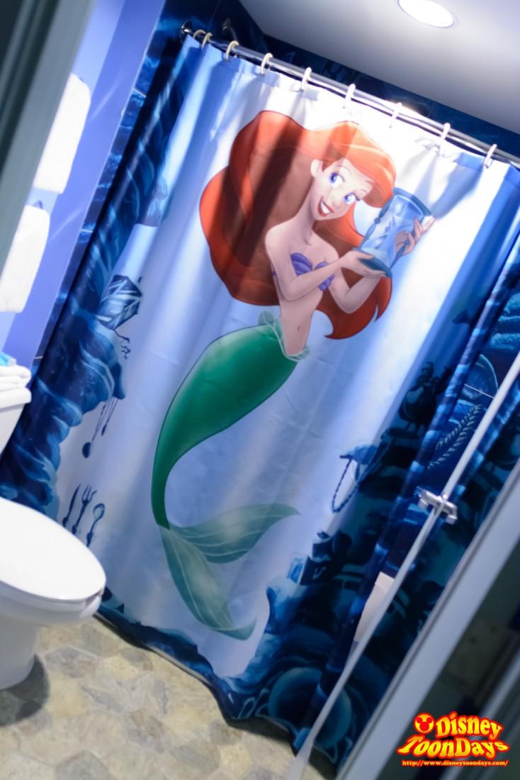 アリエルがいるシャワールーム
