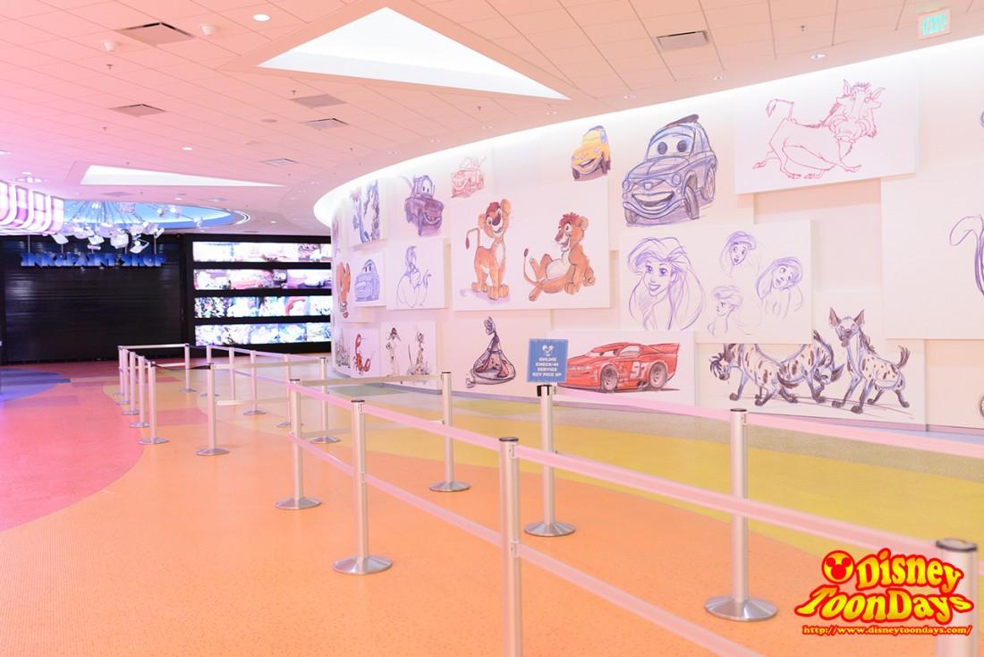 WDW ディズニー・アート・オブ・アニメーション アニメーションホール ロビー