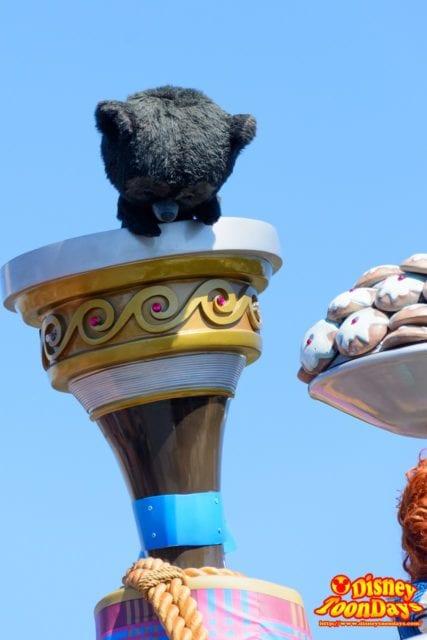 WDW マジックキングダム フェスティバル・オブ・ファンタジー・パレード クマになった弟 ヒューバート、ヘイミッシュ、ハリス