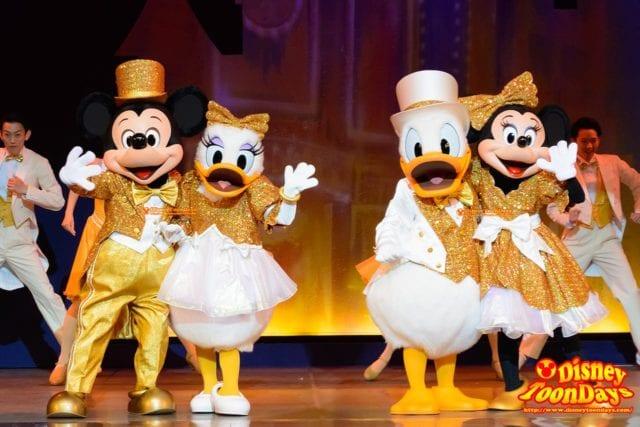 TDS アメリカンウォーターフロント ブロードウェイミュージックシアター パークファンパーティー ミッキーマウス デイジーダック ドナルドダック ミニーマウス