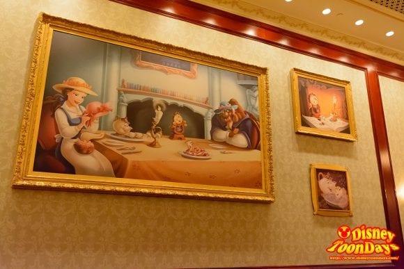 WDW マジックキングダム ニューファンタジーランド ビー・アワー・ゲスト・レストラン ザ・キャッスル・ギャラリー 食事