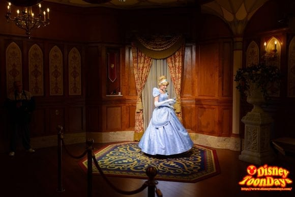 WDW マジックキングダム ファンタジーランド プリンセス・フェアリーテイル・ホール シンデレラ