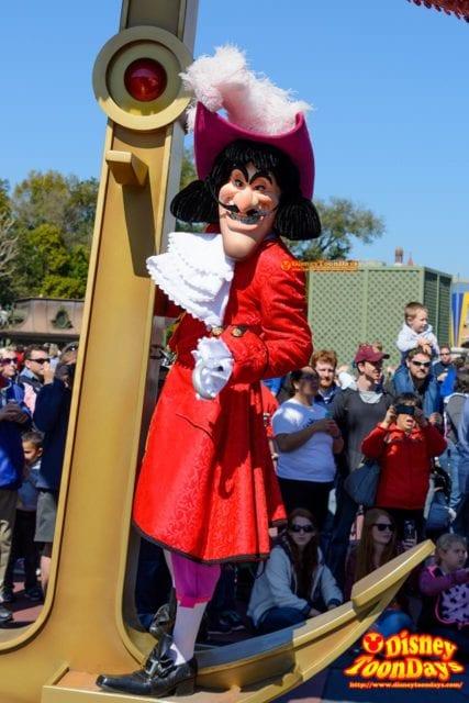 WDW マジックキングダム フェスティバル・オブ・ファンタジー・パレード フック船長
