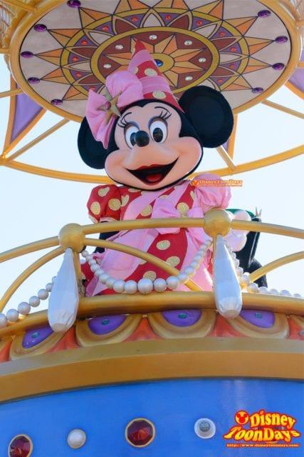 WDW マジックキングダム フェスティバル・オブ・ファンタジー・パレード ミニーマウス