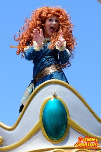 WDW マジックキングダム フェスティバル・オブ・ファンタジー・パレード メリダ