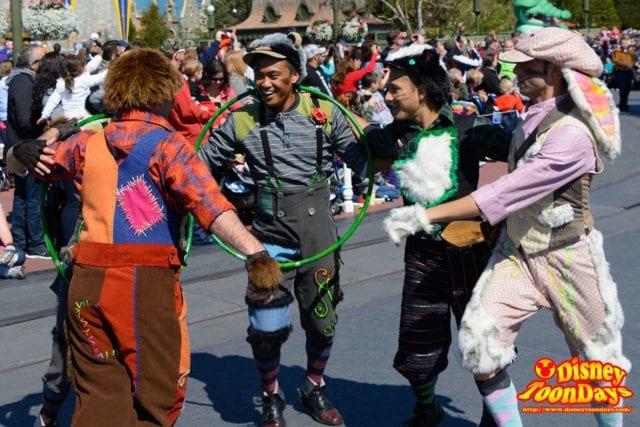 WDW マジックキングダム フェスティバル・オブ・ファンタジー・パレード ロスト・ボーイズ
