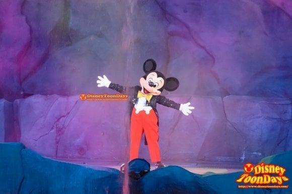 WDW ディズニーハリウッドスタジオ ハリウッドブルーバード ファンタズミック! ミッキーマウス (2)
