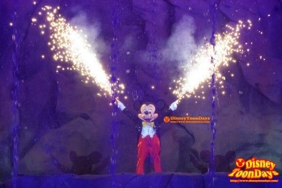 WDW ディズニーハリウッドスタジオ ハリウッドブルーバード ファンタズミック! ミッキーマウス (3)