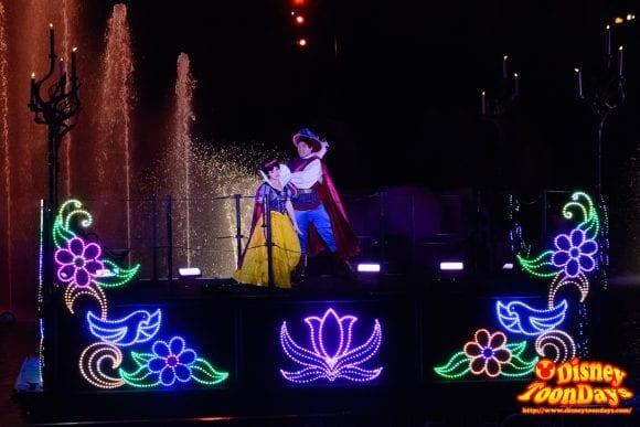 WDW ディズニーハリウッドスタジオ ハリウッドブルーバード ファンタズミック! 白雪姫 ザ・プリンス