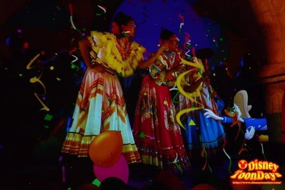 WDW ワールドショーケース メキシコ館 グラン・フィエスタ・ツアー・スターリング・ザ・スリー・カバレロ (14)