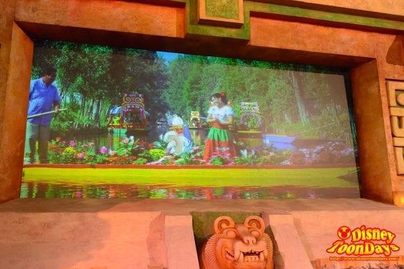 WDW ワールドショーケース メキシコ館 グラン・フィエスタ・ツアー・スターリング・ザ・スリー・カバレロ (8)