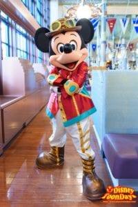 ホライズンベイレストランのスチームパン工夫新衣装のミッキーマウスのグリーティング